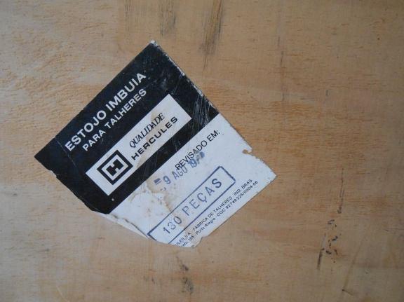 antiga-caixa-faqueiro-hercules-para-130-pecas-em-embuia-12471-MLB20059957424_032014-F